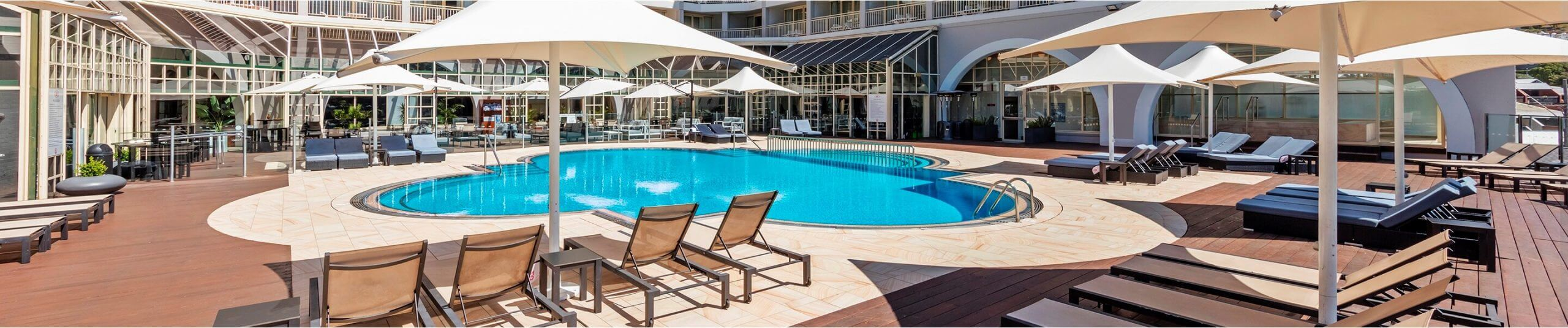 Crowne PLaza Terrigal swimming pool